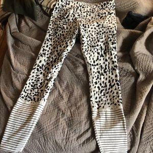 6fe1414df859de Lorna Jane Pants - Lorna Jane Fierce Core tights size L